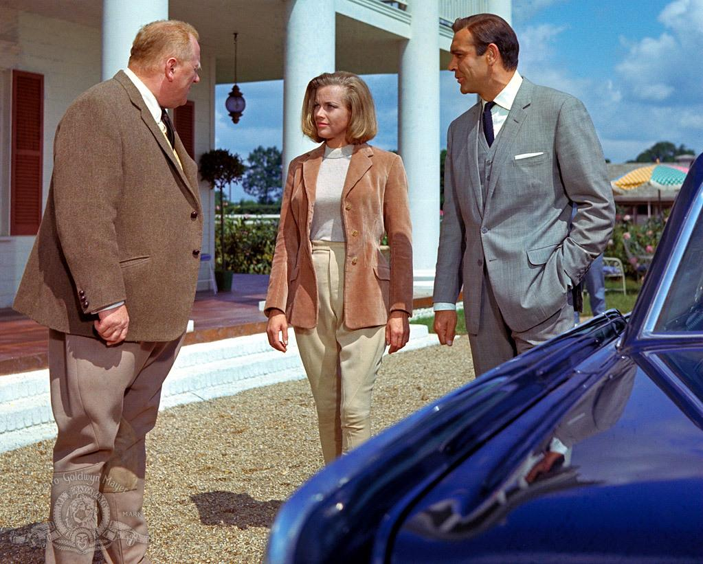 still-of-sean-connery,-honor-blackman-and-gert-fröbe-in-goldfinger-(1964)